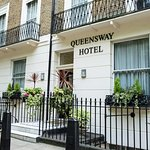 Photo de Queensway Hotel