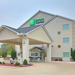 Holiday Inn Exp Htl And Stes