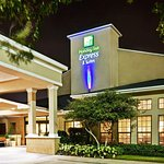 Photo of Holiday Inn Express Hotel & Suites Dallas/Stemmons Fwy(I-35 E)