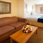 Photo of Holiday Inn Express Suites Mission-Mcallen Area