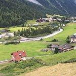 Photo de Hotel Zebru