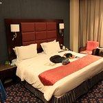 Ramee Guestline Hotel Qurum - Stanza