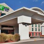 Foto de Holiday Inn Express Hotel & Suites Drums-Hazelton