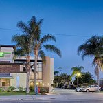 Photo of Holiday Inn Express Costa Mesa
