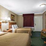 Photo of Quality Inn & Suites - Anaheim Resort