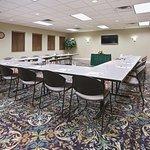 Photo de Staybridge Suites Lincoln I-80