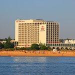 維拉摩拉阿爾加維皇冠廣場假日飯店
