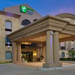 Photo de Holiday Inn Express Hotel & Suites Houston Energy Corridor-W Oaks