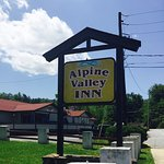 Alpine Valley Inn - Helen