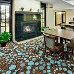 Holiday Inn Express Hotel & Suites Lebanon Foto