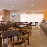 Photo of Staybridge Suites Guadalajara Expo