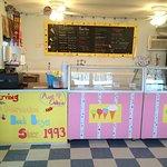 Zdjęcie Aunt Ebby's Ice Cream Shop