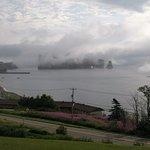 Rocher Percé dans le brouillard