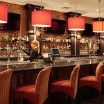 Holiday Inn Bar & Grill Houstron East