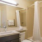 Queen Studio Suite Guest Bathroom