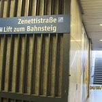 When leaving Poccistrasse U Bahn platform, go in this direction to get to hotel more easily.