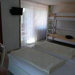 Schlafzimmer mit Hochbett für Kinder