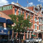 Streater Historical Hotel