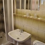 salle de bain chambre triple superieure