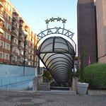 Photo of Maxim Hotel