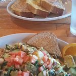 Knead & Feed Restaurant Foto