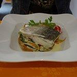 Le poisson du jour (merlu) selon arrivage, spaghetti aux légumes