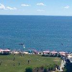 Foto de Water's Edge Resort & Spa