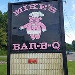 Mike's Bar-B-Q & Sub Shop resmi