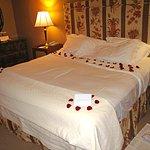 3101 Anniversary Bedroom Surprise