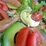 Les salades du Petit Bouchon ...  La ronde des fromages  La salade italienne Et enfin la salade