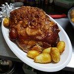Pierna de cerdo al horno, por encargo