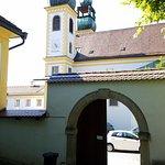 Wallfahrtskirche und Paulinerkloster Mariahilf Foto