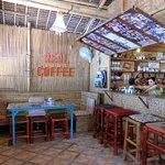Real Coffee & Tea Cafe Foto