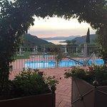 Ausblick vom Restaurant zum Pool und Gardasee