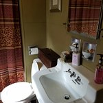 Periwinkle Place Manor B&B Photo