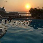 Solnedgång vid poolen