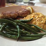 Crab cakes with creamed corn and green beans