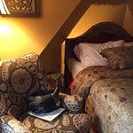 Stayed at the Córdoba. Charming little room. My only complaint is the room was a bit hot. An ele