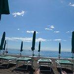 hotels paid beach area