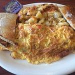 Foto de Midway Cafe