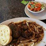 Beef tips, fettuccine & mixed veggies
