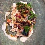 Hamburguesa, pulpo, atún y tacos de lengua