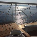Photo de Cape Kanapitsa Hotel & Suites