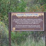 Information sign about a wild fire