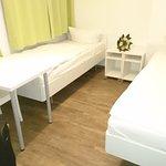 2-Bett-Zimmer, leider kein Doppelbett, sondern zwei getrennte Betten.
