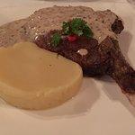 Foto de Custom Steak House