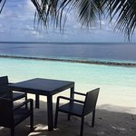 You could have breakfast or lunch on the beach