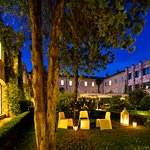 Chiostro by night