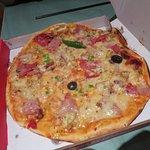La Gastronomie Pizza Ivato Foto