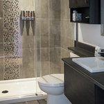 Salle de bain chambre régulière
